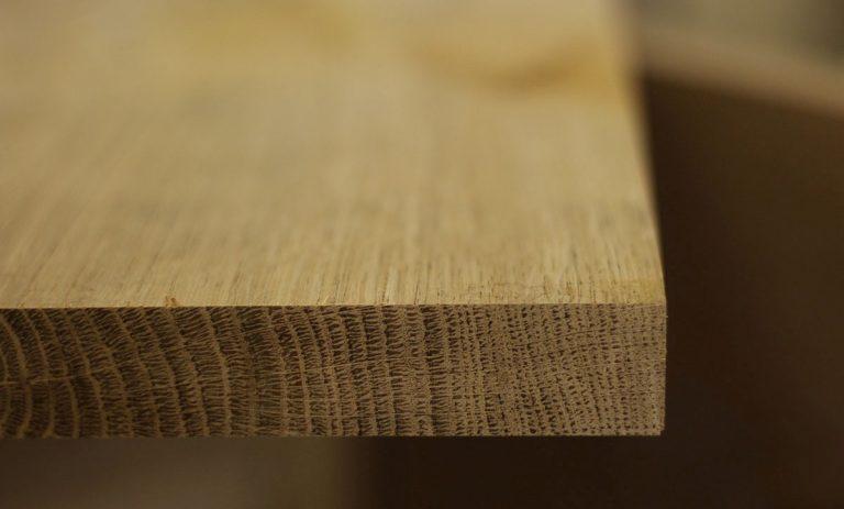 vân gỗ cắt dọc