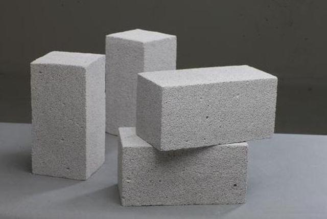 Có nên xây nhà bằng gạch không nung hay không?