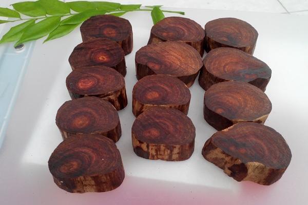 Hướng dẫn cách nhận biết gỗ trắc đơn giản nhất