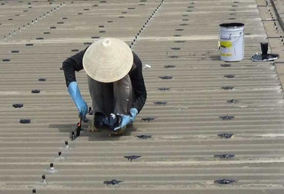 Những cách xử lý mái tôn bị dột hiệu quả hiện nay