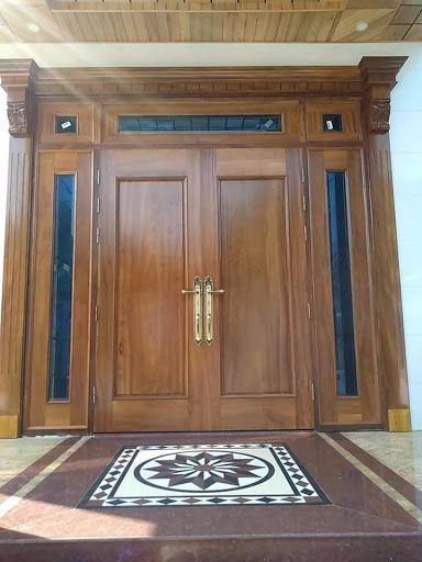 cửa gỗ lim 2